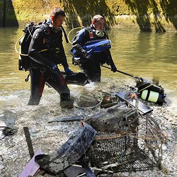 Gewässerreinigung in heimischen Flüssen